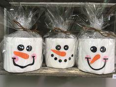 bałwanki / snowman / zima / winter / papier toaletowy / diy Snowman, Merry Christmas, Winter, Paper, Gifts, Merry Little Christmas, Winter Time, Wish You Merry Christmas, Snowmen