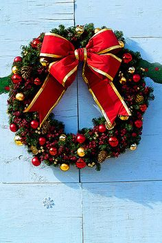 Wreath on Covered Store Front   Like some others items in my…   Flickr