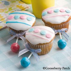 Baby rattle cupcakes  http://thegardeningcook.com/baby-rattle-cupcakes/