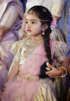 Best baby dress for wedding kids fashion 57 Ideas Kids Dress Wear, Kids Gown, Dresses Kids Girl, Kids Outfits, Kids Indian Wear, Kids Ethnic Wear, Indian Groom Wear, Kids Frocks Design, Kids Lehanga Design