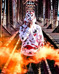 trading amazing pubg player hd wallpaper picture collection - Life Is Won For Flying (WONFY) Smoke Wallpaper, Pop Art Wallpaper, Hipster Wallpaper, Graffiti Wallpaper, Wallpaper Pictures, Smoke Photography, Creative Photography, Photography Poses, Gas Mask Art