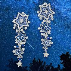 Immerse yourself in the depths of blue with our new Etoile earrings. #sicis #sicisjewels #jewelry #jewelrygram #jewelrydesign #jewelrydesign #jewelrymaking #jewelryoftheday #jewels #luxury #luxurylifestyle #jewelrymaking #micromosaic #diamonds #diamondjewelry #earrings