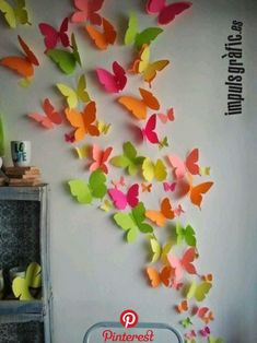 Discover thousands of images about Paper Butterfly wall art. Butterfly Wall Art, Paper Butterflies, Butterfly Crafts, Paper Flowers Diy, Diy Paper, Paper Crafting, Butterfly Mobile, School Decorations, Paper Decorations