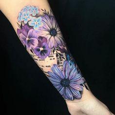 Small Daisy Tattoo, Daisy Flower Tattoos, Sunflower Tattoos, Flower Cover Up Tattoos, Sunflower Tattoo Meaning, Colorful Flower Tattoo, Flower Tattoo Foot, Daisy Tattoo Designs, Floral Tattoo Design