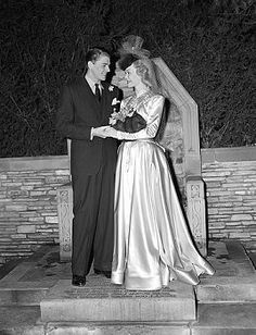 1940 wedding of Jane Wyman and Ronald Reagan. Celebrate your wedding with jewels from Renaissance Fine Jewelry in Vermont or www.vermontjewel.com