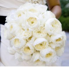 Ivory Garden Rose Bouquet...would Be Great If It Was A Little Tighter