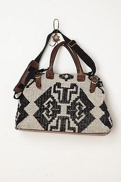 http://us.anthropologie.com/anthro/product/accessories-bags/28013027.jsp?cm_mmc=Pinterest-_-2013_Anthropologie-_-Personal%20Shopper%20Picks-_-Pasha%20Woven%20Weekender  #weekender #travelinstyle
