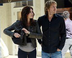Still of Eric Christian Olsen and Daniela Ruah in Investigação Criminal: Los Angeles (2009)