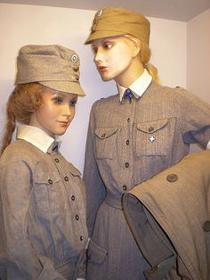 History Of Finland, Ww2 Women, Air Raid, Old Clothes, Armed Forces, Troops, Wwii, Nostalgia, Army