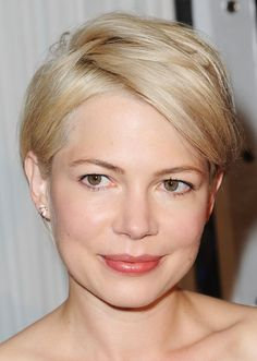 Actress Michelle Williams' Short Hairstyles: A Slideshow: A Formal Version of Her Hairstyle