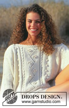 Darling Smile - DROPS jumper with bobbles in Muskat. Size S – L. Free knitting pattern DROPS 34-7 Crochet Hook Sizes, Crochet Hooks, Knitting Patterns Free, Free Knitting, Jumper, Stockinette, Drops Design, Smile, Ravelry