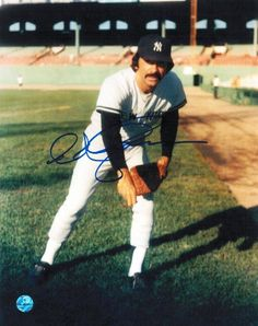 Ed Figueroa New York Yankees Autographed 8x10 Photo