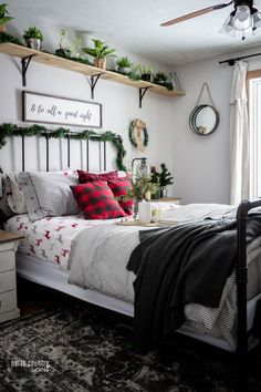 easy home decor Delight your holiday guests with these easy, festive and rustic guest bedroom holiday decor ideas that are sure to please! Easy Home Decor, Home Decor Bedroom, Bedroom Ideas, Diy Bedroom, Bedroom Decorating Ideas, Decorating Tips, Winter Bedroom Decor, Bedding Decor, Bedroom Rustic