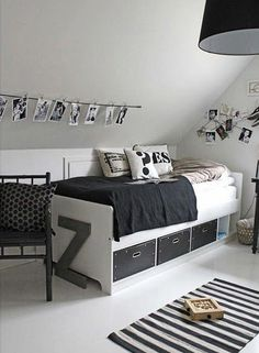 Love the Scandi schic monochrome kids bedroom style? You're going to need this must-have shopping list to get the look. black and white kids bedroom, monochrome nursery, modern home.