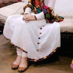 Are you researching for quality Elegant Designer Punjabi Suit and Latest Elegant ladies Punjabi Suit in which case Click visit link above to read Designer Kurtis, Indian Designer Suits, Designer Dresses, Pakistani Dresses Casual, Pakistani Dress Design, Indian Dresses, Indian Outfits, Stylish Dresses, Simple Dresses