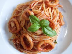 #spaghetti #squid #tomatosauce #spaghettirecipe #italianspaghetti #italianrecipe #recipe #instagood #instagood #foodporn #yum #yummy #delicious #dinner #lunch #cook #cooking #eat #eating #pasta #foodgasm #foodpics #tagsforlikes