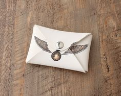 Harry Potter Golden Snitch Coin Purse //Price: $9.99 & FREE Shipping // #peterpettigrew #nevillelongbottom #prongs #jewelry #snitch