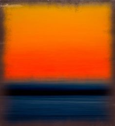 Mark Rothko, this makes me think of a sunset over the ocean.