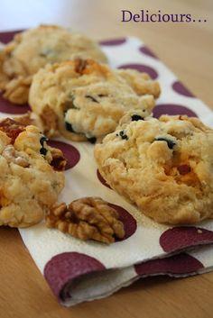 Deliciours...: cookies aux noix ,olives noires et parmesan apéro