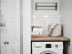 Studio in black and white Small Apartments, Small Spaces, Decoracion Low Cost, Narrow Rooms, Smart Storage, Home Staging, Ideal Home, New Homes, House Design