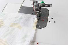 ファスナーの付け方・縫い方のコツ | nunocoto Diy And Crafts, Sewing, Dressmaking, Couture, Fabric Sewing, Stitching, Full Sew In, Costura