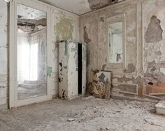 Wandering in Empty Places of Detroit – Fubiz Media