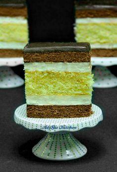 Prajitura Televizor sau Prajitura Budapesta - Adygio Kitchen Specialty Cakes, Vanilla Cake, Mousse, Cookies, Desserts, Romania, Ideas, Cakes, Mascarpone