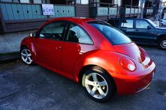 Clean title, no accidents and locally bought/owned in WA! This Beetle features a manual transmission, black heated and leather seats, all weather floor mats and has been serviced at Volkswagen dealerships.
