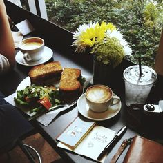 #coffee #café #breakfast #brunch #sandwich