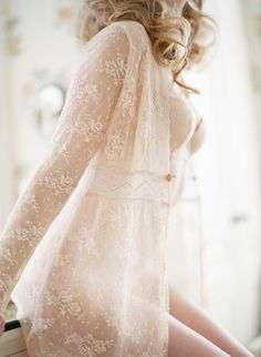 Romantic, vintage boudoir session with a Claire Pettibone lace robe | Carmen Santorelli Photography | see more on: http://burnettsboards.com/2014/08/vintage-flower-infused-boudoir-session/