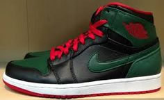 Come list sneakers for FREE! Gucci 1's Size 6.5 #sneakerfiend #flykicks #snkrhds #instakicks #sneakerheads #shoegame #airjordan - http://sneakswap.com/buy-retro-sneakers/gucci-1s-size-6-5/