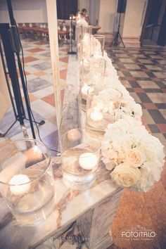 Matrimonio, sposa, sposo, portafedi, tableau de mariage, rosa, matrimonio rosa, bianco, matrimonio bianco, rose, roselline, gypsophila, garofani, ortensie, ortensia Wedding, mariage, bride, groom, bouquet, wedding rings, pink wedding, pink, white, white wedding, roses, carnation, hydrangea Per la galleria completa e i link dei vari fornitori visitate il sito internet www.traterraecielo.eu For complete photogallery and links of various furnisher visit the website www.traterraecielo.eu
