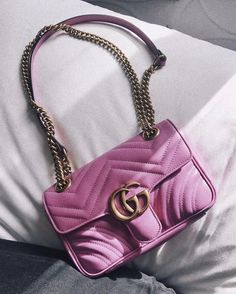92 meilleures images du tableau Pink is the new black !   Beige tote ... 6574d64236c