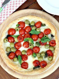 Chiarapassion: Sfogliata napoletana con pomodorini e mozzarella