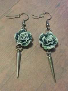 Rose & Spike Earrings - grey rose - jewelry - silver spikes - polymer clay rose - gothic jewelry - bohemian - hipster - rocker - handcrafted by Blackrose37 on Etsy