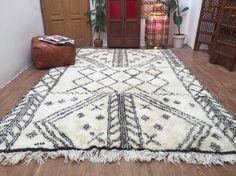 Authentic Moroccan Vintage Beauty Wool HANDMADE rugs  Soft BENI OURAIN 6x9 Traditional Rug Classic Design Berber kilim rugs Boho Rug Kilim