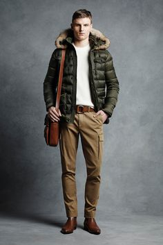 http://www.style.com/slideshows/fashion-shows/fall-2015-menswear/michael-kors/collection/11