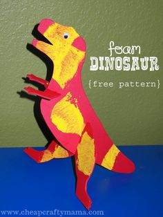T-Rex Fun foam dinosaur project with a free printable pattern! Dinosaur Projects, Dinosaur Activities, Dinosaur Crafts, Dinosaur Party, Craft Activities For Kids, Preschool Crafts, Fun Projects, Preschool Prep, Kids Crafts
