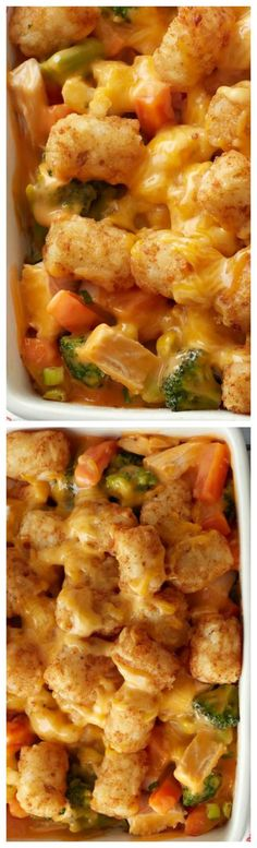 Cheesy Tater-Topped Chicken Casserole ~ Quick one-dish meal, topped in potato nuggets. With chicken, cheese and veggies, too, it's both delicious and well-rounded (delicious chicken recipes potatoes) Chicken Casserole, Casserole Dishes, Casserole Recipes, Skillet Chicken, Curry, Fast Food, Chicken Soup Recipes, Chicken Meals, Rotisserie Chicken