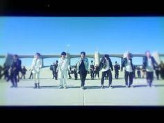 Stream ON y'all and the whole album 🤘🤘🤘 Foto Bts, Bts Photo, Bts Taehyung, Bts Jungkook, Namjoon, Video X, Bts Video, Kpop Gifs, Bts Playlist
