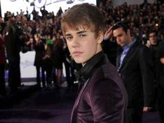 Bieber tempted to date other girls