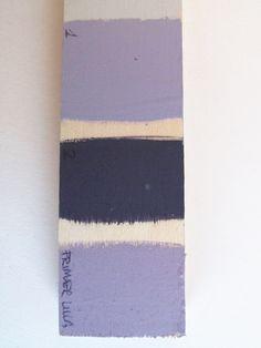 Scelta colori per cornice specchio (blu come piastrelle-lilla come fiori)