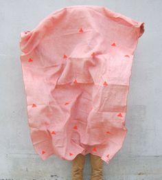 Caroline Z Hurley Linen Throw   Pink Triangles