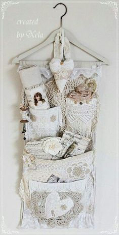 4 Convenient Cool Tips: Shabby Chic Bedroom Gold shabby chic rustic mason jars.Shabby Chic Kitchen Country shabby chic ideas the doors. Shabby Chic Mode, Casas Shabby Chic, Style Shabby Chic, Chabby Chic, Shabby Chic Crafts, Shabby Chic Decor, Shabby Vintage, Vintage Crafts, Vintage Lace