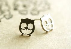 sterling silver owl earrings by hueydewey on Etsy, $25.00