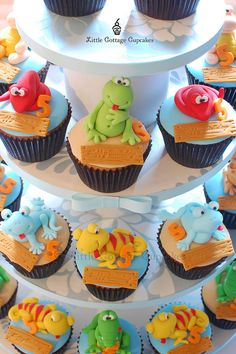 Reptile Party by Little Cottage Cupcakes, via Flickr