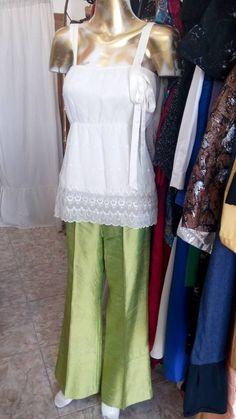 """Pantalon de shantu color verde encontralo en """"Abrete Closet"""" Feria Americana, 2da Rivadavia 21617, Ituzaingo, Bs. As. Argentina. 46240691."""