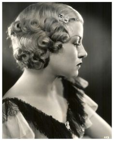 1930s hair - this style would look good on MANDY SEEVER (photo of Claire Trevor, Hollywood star)