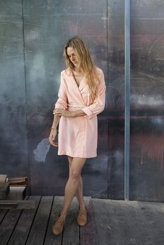 Peach pastels and oxfords. A good look.