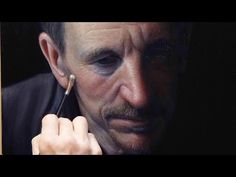 ▶ Chiaroscuro Oil Portrait, using a grisaille and colour glazing - YouTube
